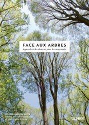 Face aux arbres